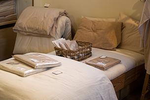 タオルや肌着類を気に入って寝具類を購入される方が多いのだそう