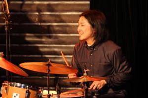 Drums:今泉総之輔